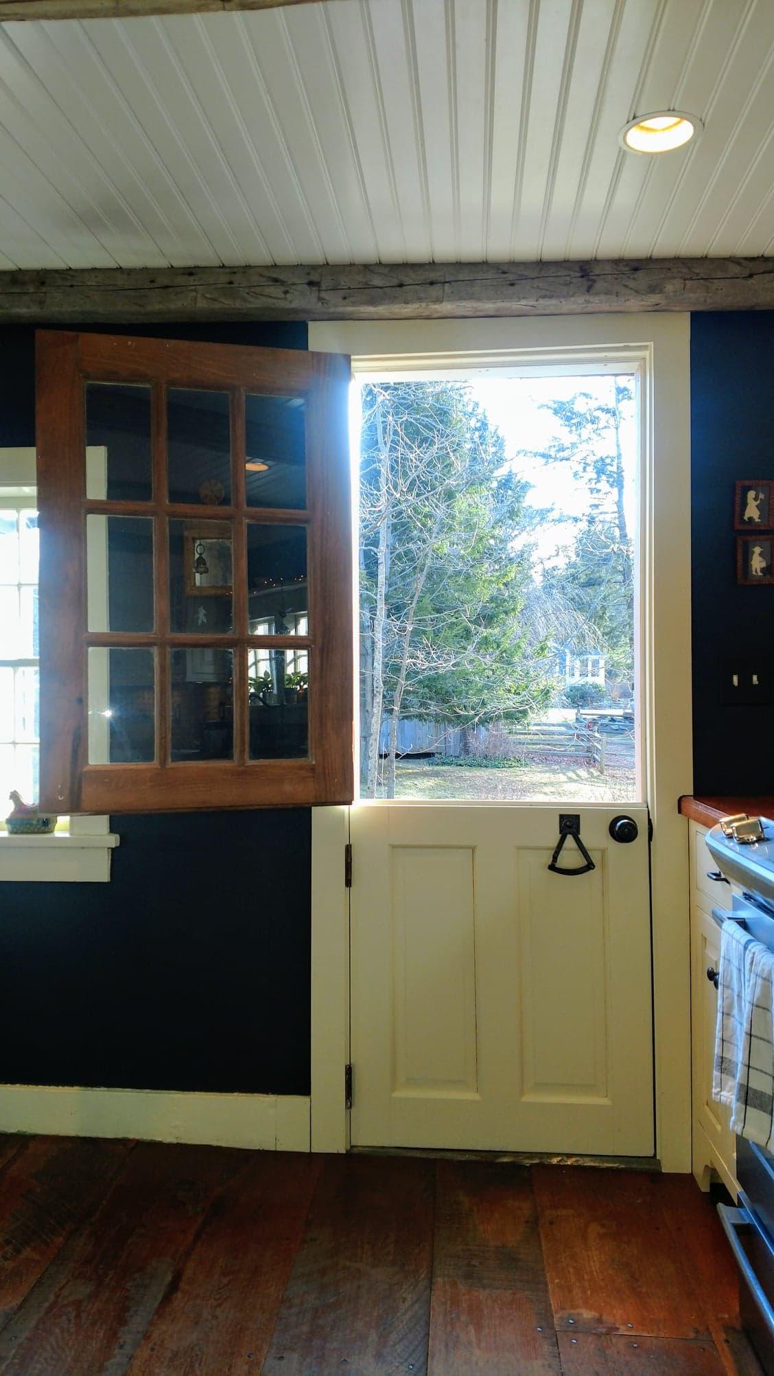 Rear Kitchen - Dutch Door